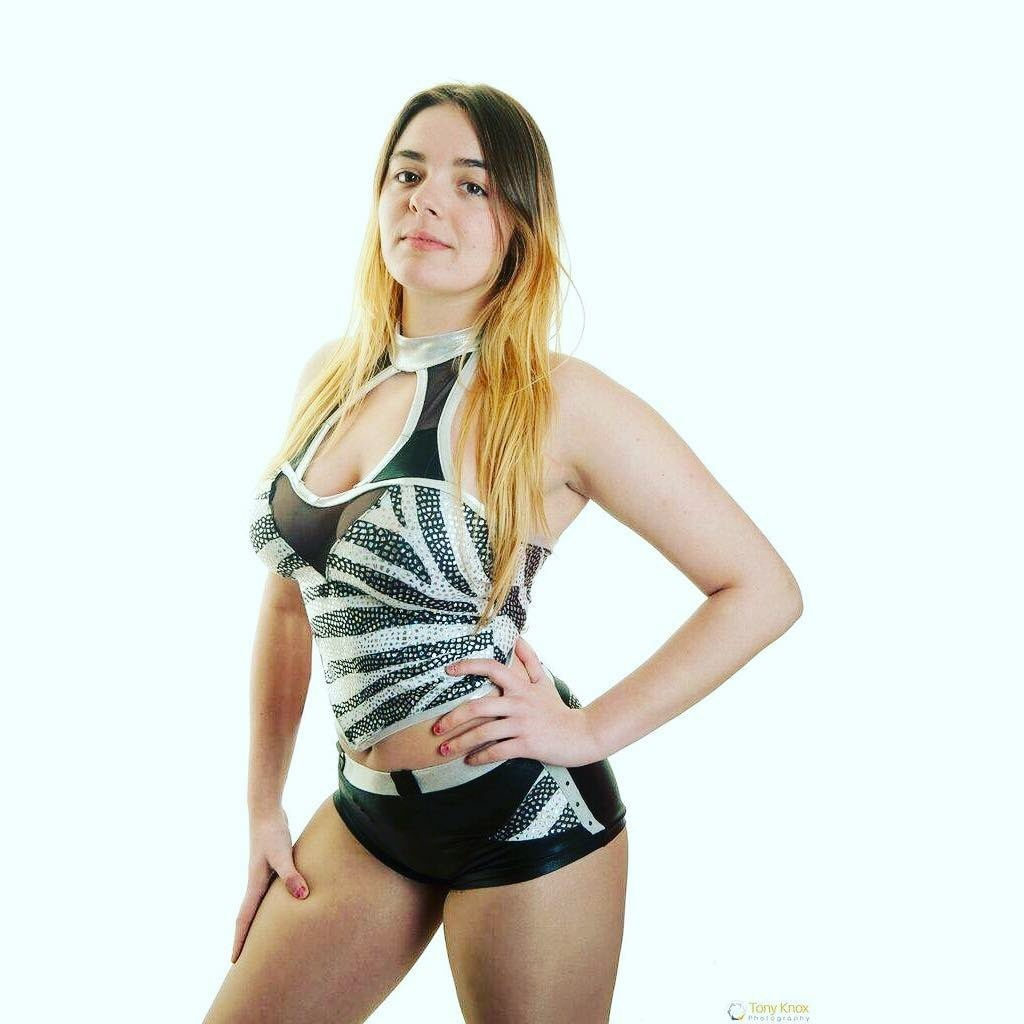 Lizzy Styles - Wrestler profile image